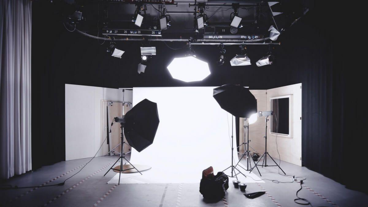 światło sztuczne w fotografii