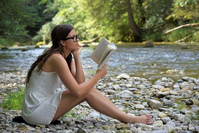 czytanie książek z biblioteki