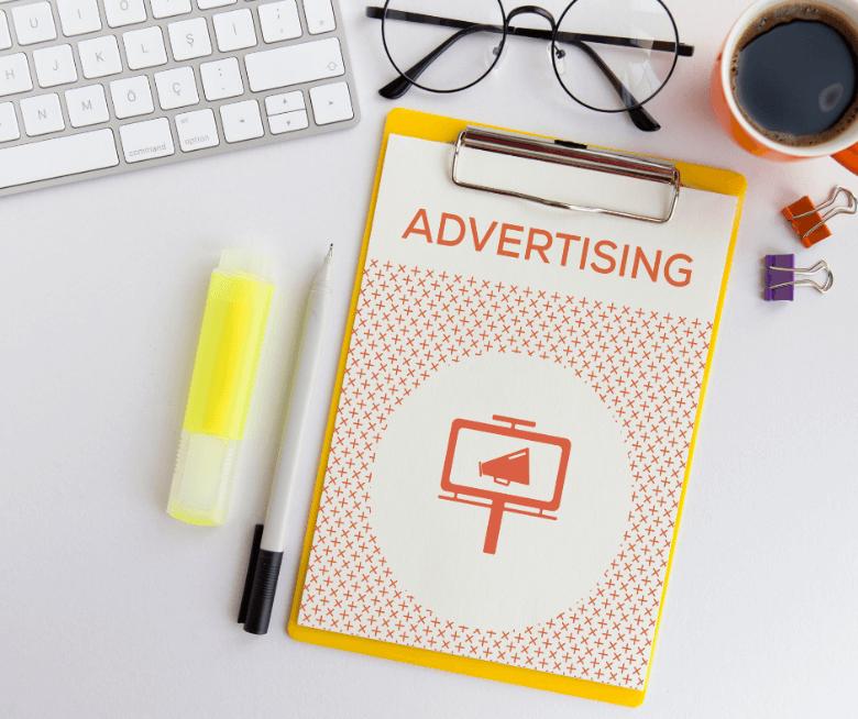 użycie perswazji w reklamie