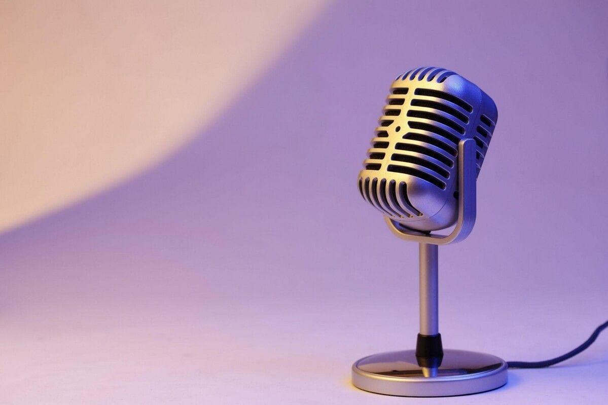 mikrofon - nagrywanie podcastu